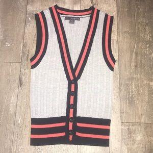 Twenty One sweater vest